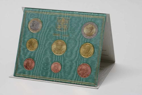 Lieferumfang:Vatikan : 3,88 Euro original Kursmünzensatz aus dem Vatikan  2010 Stgl. KMS Vatikan 2010 BU